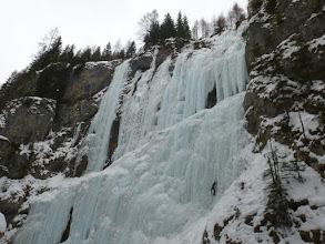 """Photo: La Val Pettorina e la sua cascata più scenografica """"La Cattedrale"""""""