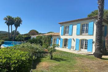 villa à Grimaud (83)