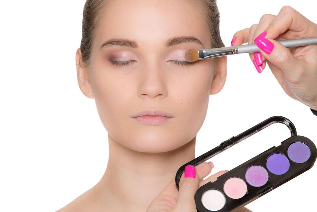 رزرو آنلاین آرایشگاه و لذت زیبایی