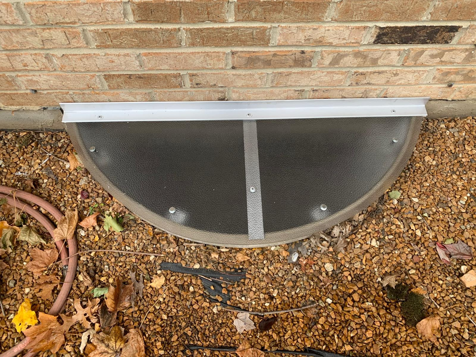 Woodridge, IL-HandyManny Custom Window Well Covers