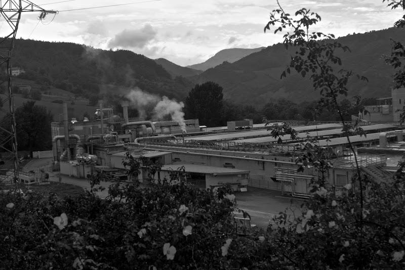 la fabbrica nella valle di Ltz/rivadestra