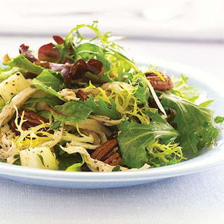 Baby Greens with Chicken, Dried Cherries, Pears & Pecans
