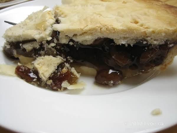 Mum's Raisin Pie Recipe