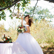 Wedding photographer Aleksandra Pastushenko (Aleksa24). Photo of 23.04.2016