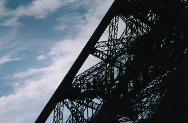 Eiffel in controluce di guarrellam