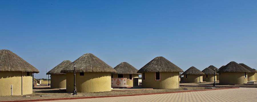 Kutch Village by Chintan Daiya - Buildings & Architecture Homes ( ethnic, huts, village, kutch, rural )