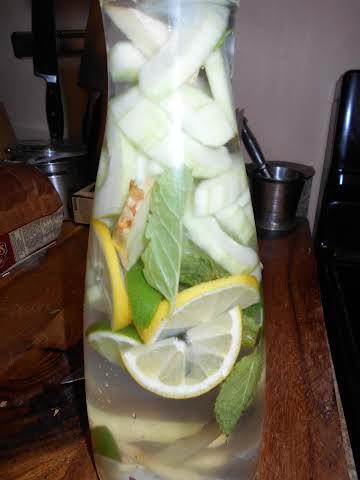 Best Cucumber Water