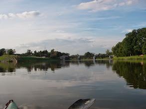 Photo: most nad jazem, ja płynę prosto na wyspę