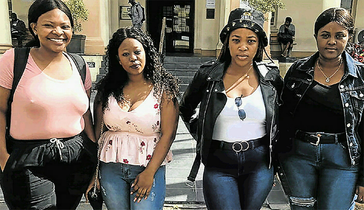 Studente beroof, uitgesit uit gastehuis - DispatchLIVE