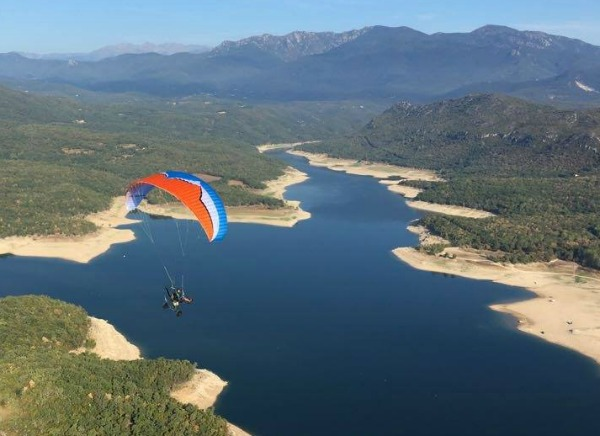 New Ozone Kona paramotor wing for all levels - FlySpain online paragliding and parroter shop