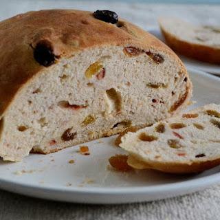 Eggless Julekake - Norwegian Bread.