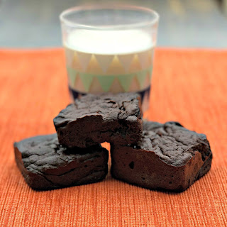 150 Low-Calorie Healthy Brownies.