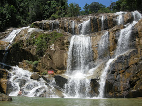 Photo: Sg Pandan waterfall - big pool to play in & free water massage !