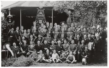 Photo: 1936 Groepsportret Koninklijke Harmonie Cecilia.jpg