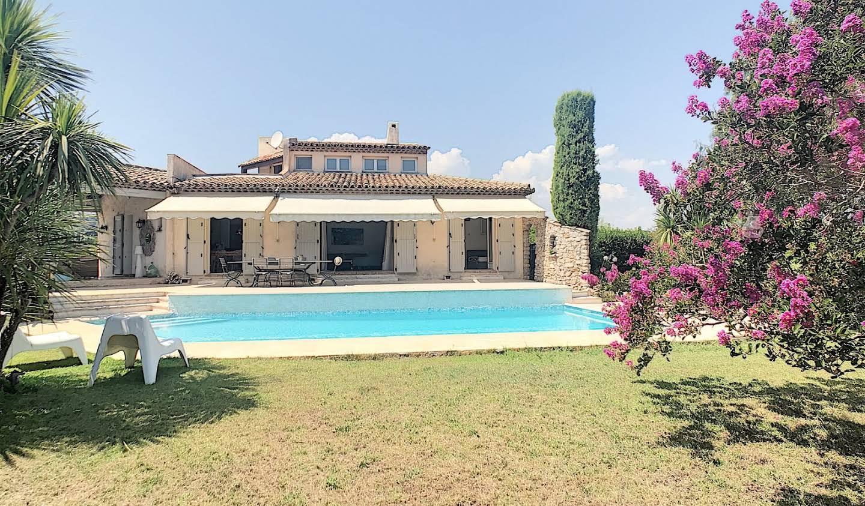 Villa avec piscine et jardin Antibes