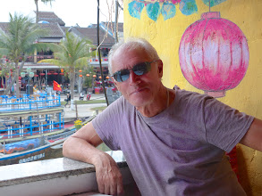 Photo: VIETNAM Hoi an - dans resto (Pana)