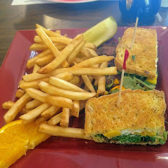 The Marylou (jalapeno bacon, arugula, goat cheese, and mango)... Yum!