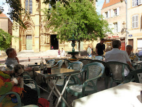 Photo: Im Cafe´am Place Jeanne D´Arc in Metz