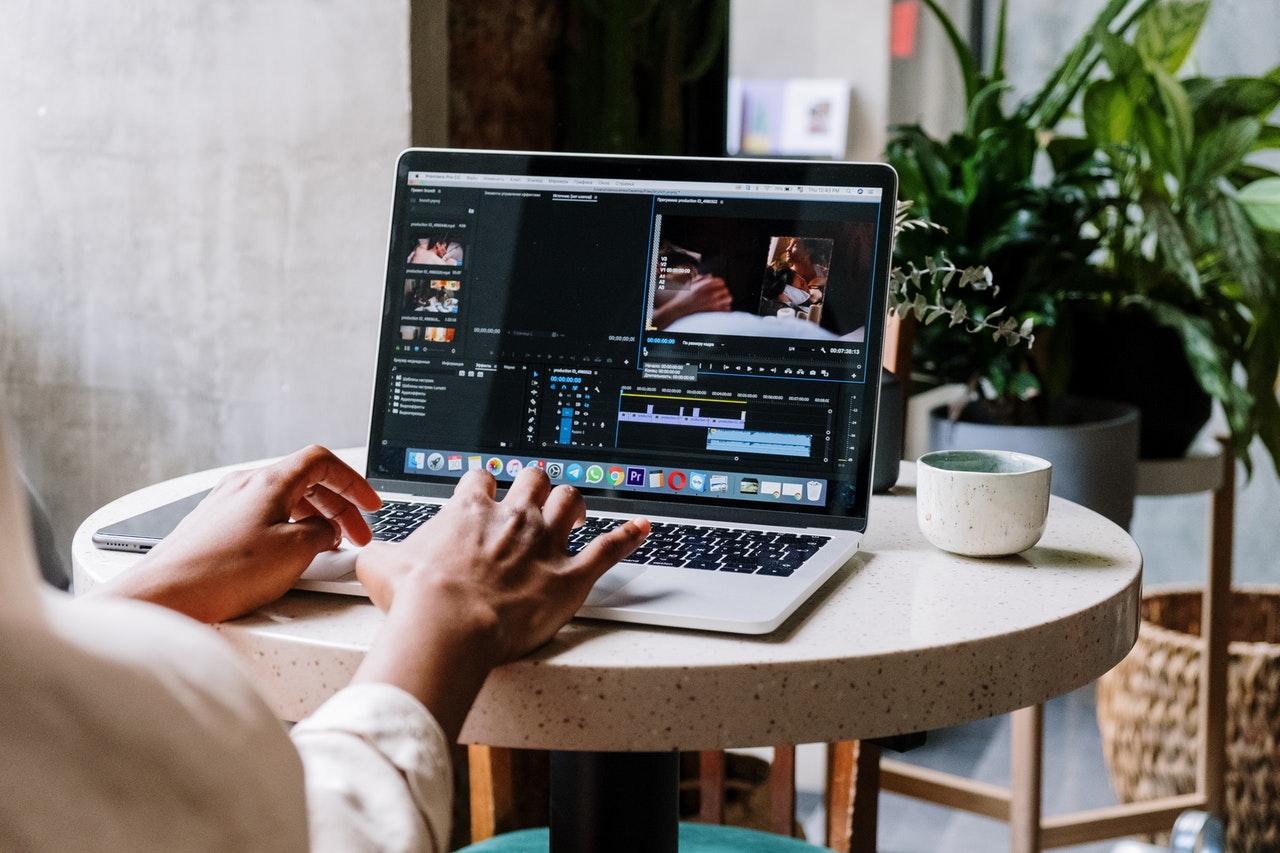 Curso de Grabación y Edición de Vídeo: ¿Qué Opciones Tienes para Formarte profesionalmente?