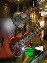Photo: Mayones z Polska - opět nádherné kytary a basy