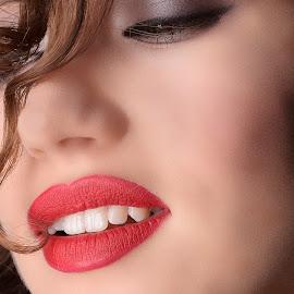 30's lips by Laurentiu Pirnea - People Fashion ( beautiful, lips, woman, closeup, girl, fashion )