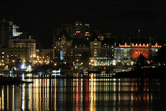 Photo: The night is setting so I'm playing a night scene for my second hand. This is Victoria's Inner Harbour, BC.  #PanoPoker: Cityscapes, curated by +Mike Spinak and +Barry Blanchard  #LongExposureThursday, curated by +Le Quoc and +Francesco Gola  #ThirstyThursdayPics curated by +Mark Esguerra and +Giuseppe Basile