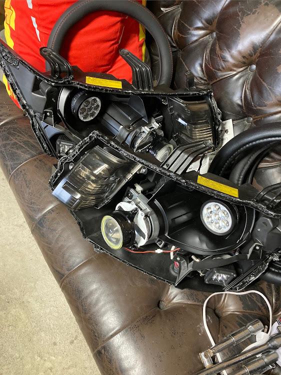 デリカD:5 CV4Wのヘッドライトから割り,madmaxx custom worksに関するカスタム&メンテナンスの投稿画像2枚目