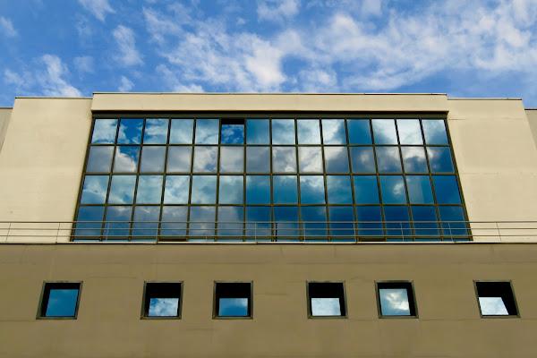 Linee moderne in architettura di Fabio_76