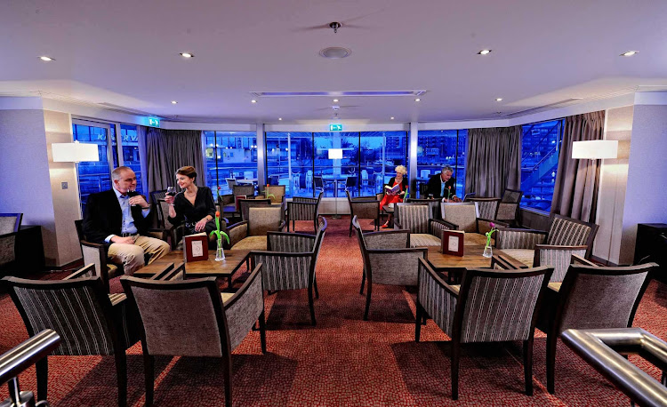On board Avalon Felicity, you can continue sightseeing from the Panorama Lounge.
