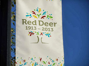 Photo: Red Deer wird hundert