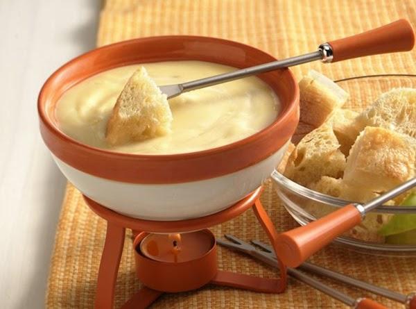 Mild Cheese Fondue Recipe