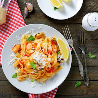 Clam Chowder Seafood Pasta.