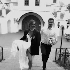 Wedding photographer Katerina Atroschenkova (KatyaMel). Photo of 11.10.2019