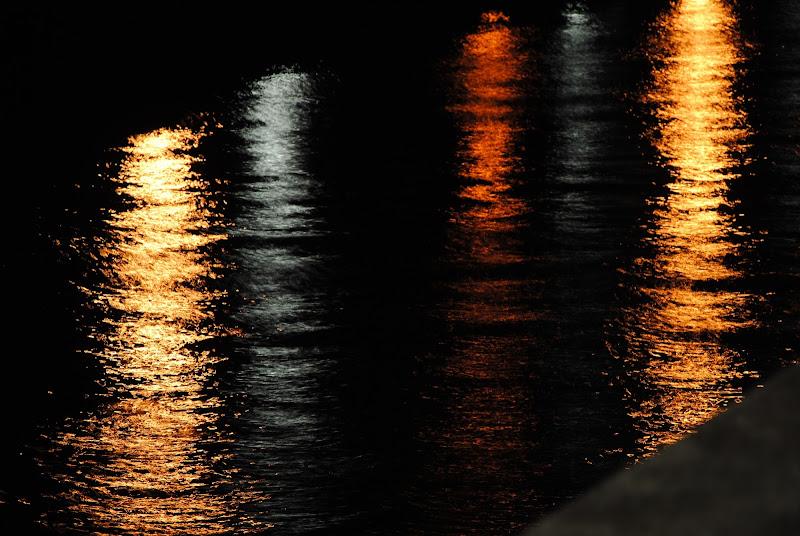 Giochi di luci sull'acqua di fChiarentini