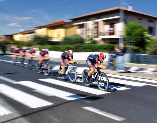 Velocità di Andrea Frati