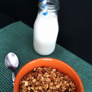 Simple Homemade Granola {with an extra nutritional kick}