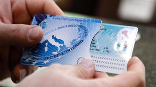 Carta d'identità elettronica: Come averla? quanto costa?