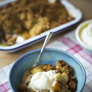 Irish Oaty Apple Crumble