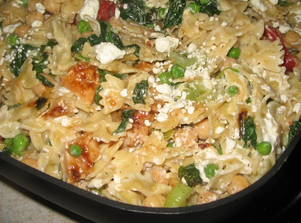 Chicken -pasta -spinach And Garbanzo Beans Recipe