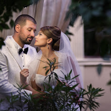 Wedding photographer Alex Isbasoiu (isbasoiu). Photo of 30.10.2014
