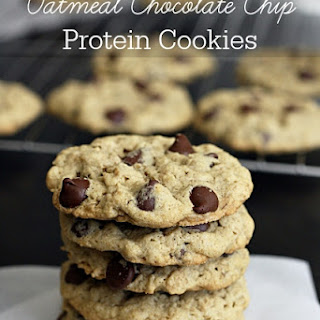 Oatmeal Chocolate Chip Protein Cookies.