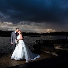 Wedding photographer Carl Dewhurst (dewhurst). Photo of 23.11.2015