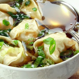 HOW TO MAKE 5-MINUTE WONTON SOUP.