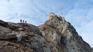 Scrambling along the ridge