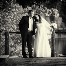 Wedding photographer Oleg Taraskin (Toms). Photo of 11.06.2016