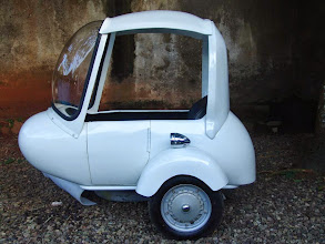 Photo: NewSidecar White for vespa,www.scooter99.com