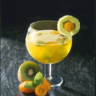 Kiwi Cocktail.