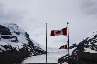 Photo: Athabasca Glacier