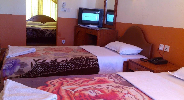 Hotel Grand Holiday