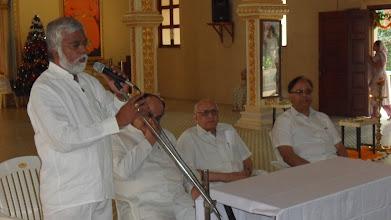 Photo: Impromptu speach! Chandrashekar welcomed all !